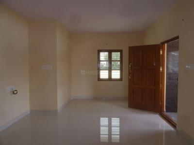 Gallery Cover Image of 1550 Sq.ft 3 BHK Apartment for rent in Bhyraveshwara Nagar for 16000