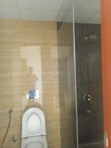Gallery Cover Image of 2340 Sq.ft 3 BHK Apartment for buy in Wadala East for 49000000