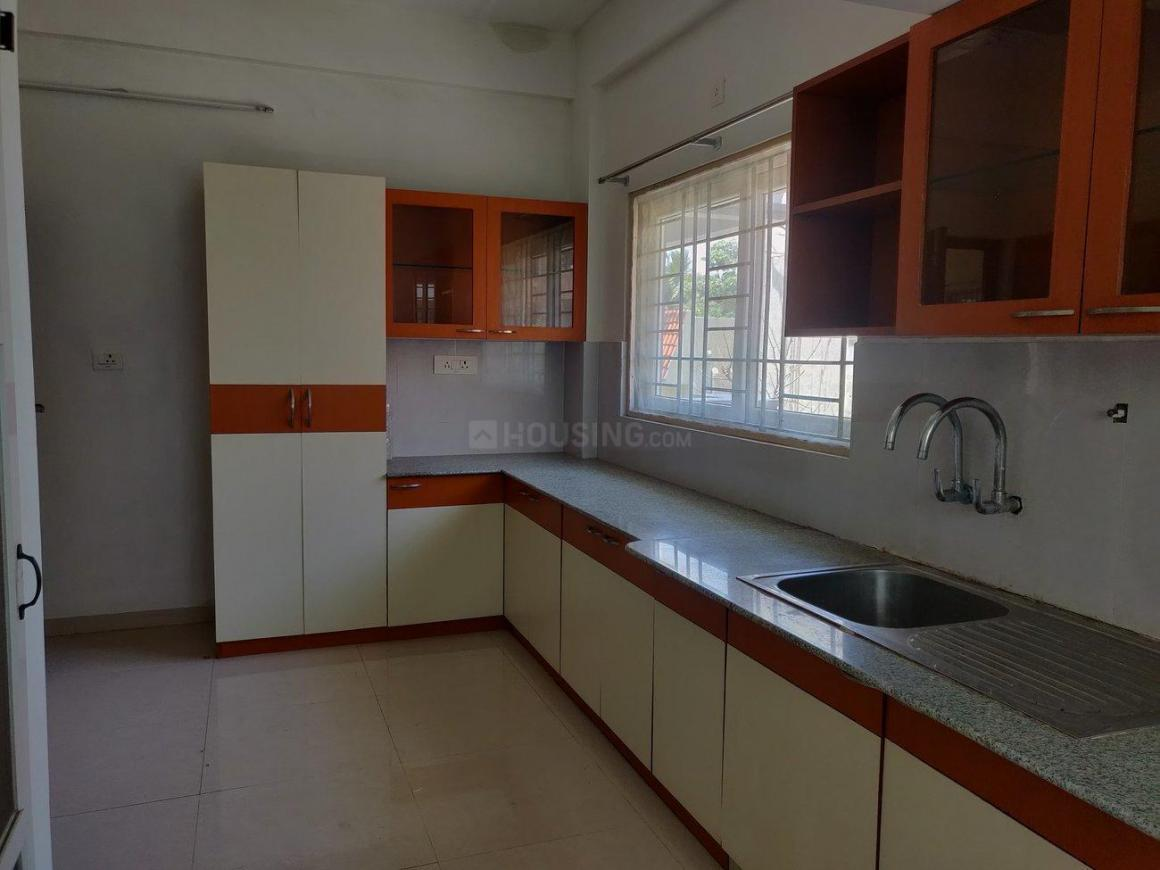 Kitchen Image of 2154 Sq.ft 3 BHK Apartment for buy in Besant Nagar for 34900000