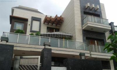 Gallery Cover Image of 927 Sq.ft 1 BHK Independent Floor for rent in Sector 17 for 17000