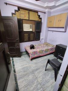 Gallery Cover Image of 250 Sq.ft 1 BHK Independent Floor for rent in Kalyan Vihar for 17000