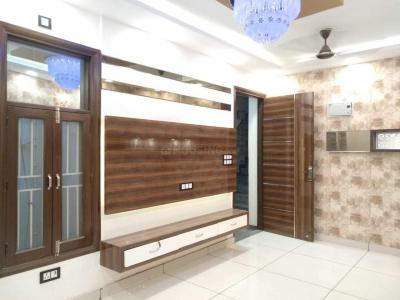 Gallery Cover Image of 900 Sq.ft 3 BHK Independent Floor for buy in Sector 19 Dwarka for 4999999