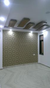 Gallery Cover Image of 600 Sq.ft 2 BHK Apartment for buy in Uttam Nagar for 2300000