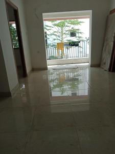 Gallery Cover Image of 850 Sq.ft 2 BHK Apartment for buy in Joy 82 Lake Gardens, Lake Gardens for 5600000