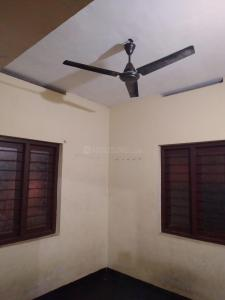 Gallery Cover Image of 800 Sq.ft 2 BHK Independent House for rent in Palarivattom for 10000