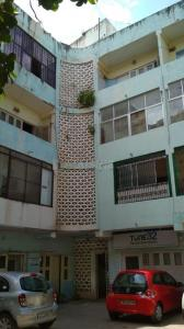 Gallery Cover Image of 1200 Sq.ft 1 BHK Apartment for rent in Egmore for 25000