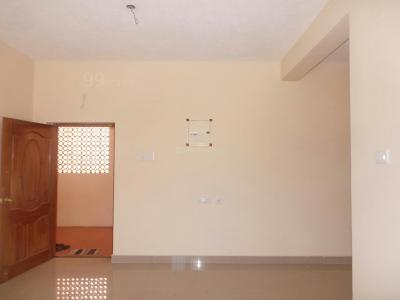 Gallery Cover Image of 900 Sq.ft 2 BHK Apartment for buy in Thoraipakkam for 6500000