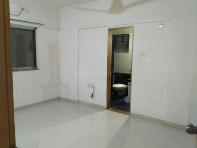 Gallery Cover Image of 1600 Sq.ft 2 BHK Apartment for rent in Dhanori for 23000