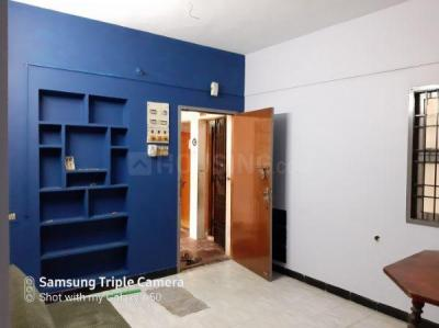 Gallery Cover Image of 800 Sq.ft 2 BHK Apartment for rent in West Mambalam for 15000