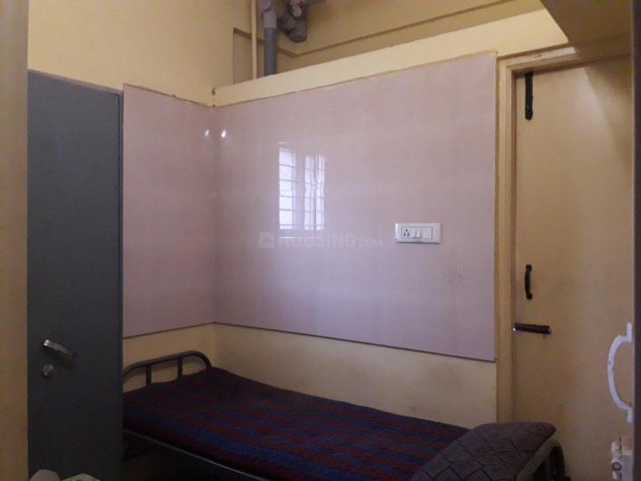 महादेवपुरा में ठनमायी पीजी में बेडरूम की तस्वीर