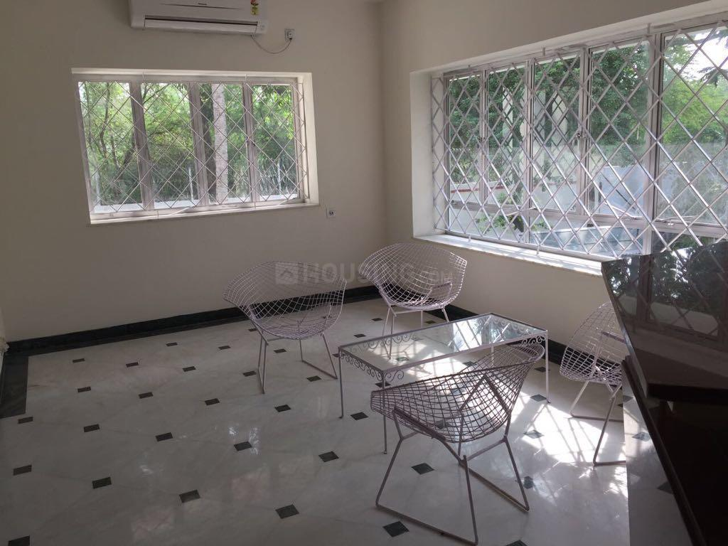 Living Room Image of 3500 Sq.ft 4 BHK Independent House for rent in Alipore for 250000