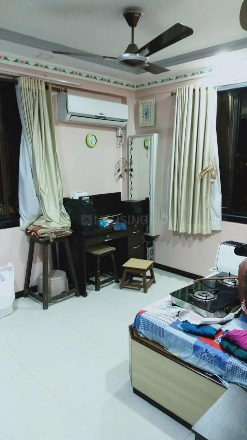 Living Room Image of 1000 Sq.ft 2 BHK Apartment for rent in Vashi for 35000