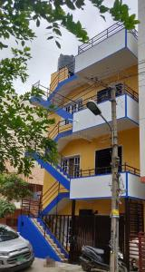 Gallery Cover Image of 1664 Sq.ft 3 BHK Apartment for rent in Sodepur for 13000