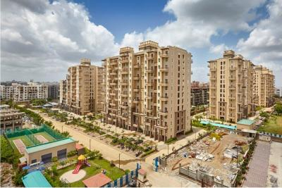 Gallery Cover Image of 2600 Sq.ft 4 BHK Apartment for buy in Raheja Vistas Premiere Magna, Mohammed Wadi for 24200000