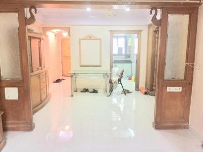 Gallery Cover Image of 1000 Sq.ft 2 BHK Apartment for rent in Bharadwaj, Bandra East for 48000