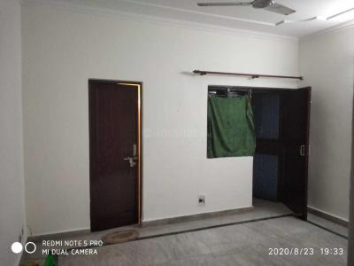 Gallery Cover Image of 1400 Sq.ft 2 BHK Apartment for rent in Sector 92 for 10000
