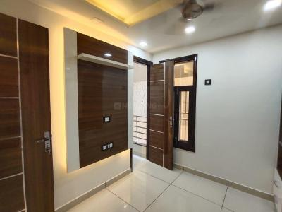Gallery Cover Image of 420 Sq.ft 1 BHK Independent Floor for buy in Uttam Nagar for 1700000