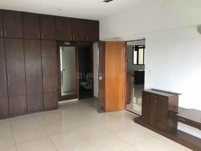 Gallery Cover Image of 2000 Sq.ft 3 BHK Apartment for rent in New Thippasandra for 50000