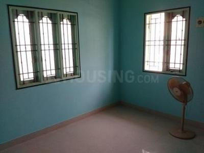 Gallery Cover Image of 450 Sq.ft 1 BHK Independent House for rent in Kovilambakkam for 8500
