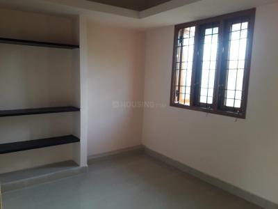 Gallery Cover Image of 560 Sq.ft 1 BHK Independent Floor for rent in Sholinganallur for 10000