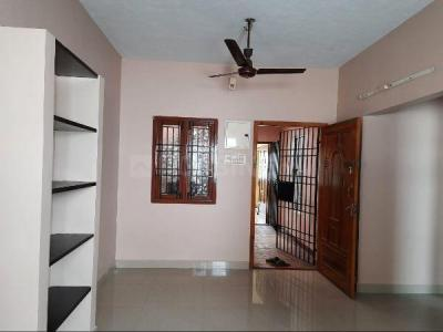 Gallery Cover Image of 950 Sq.ft 2 BHK Apartment for rent in Ramapuram for 14000