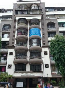 Gallery Cover Image of 850 Sq.ft 1 BHK Apartment for rent in Dahisar West for 28750