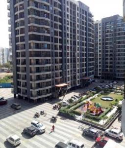 Gallery Cover Image of 965 Sq.ft 2 BHK Apartment for rent in Leena Bhairav Residency, Mira Road East for 21000