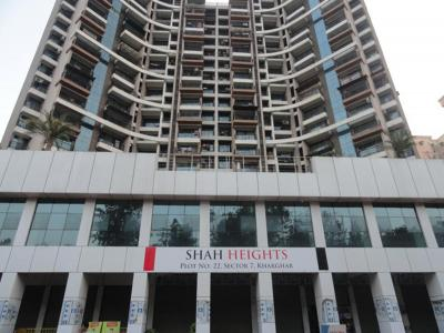 Gallery Cover Image of 1300 Sq.ft 2 BHK Apartment for rent in Kharghar for 34000