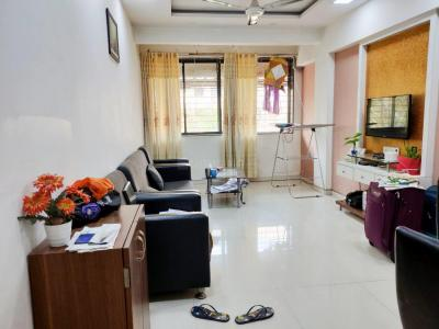 Gallery Cover Image of 750 Sq.ft 2 BHK Apartment for rent in Vashi for 16000