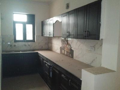Gallery Cover Image of 1300 Sq.ft 3 BHK Independent Floor for rent in Sector 49 for 15000