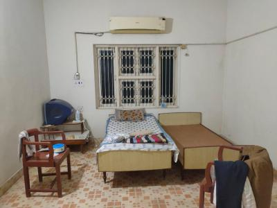 Gallery Cover Image of 900 Sq.ft 1 RK Apartment for rent in Paldi for 10000