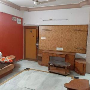 Gallery Cover Image of 1600 Sq.ft 3 BHK Apartment for buy in  New Navdeep Apartments, Memnagar for 8500000
