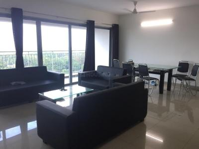 Gallery Cover Image of 2560 Sq.ft 4 BHK Apartment for rent in Hadapsar for 70000