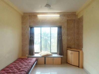 Gallery Cover Image of 550 Sq.ft 1 BHK Apartment for rent in Bandra West for 60000