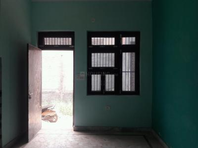 Gallery Cover Image of 450 Sq.ft 1 BHK Independent House for buy in Sanjay Nagar for 2500000