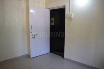 Gallery Cover Image of 375 Sq.ft 1 BHK Apartment for buy in Mahada New Tower, Malad West for 4900000