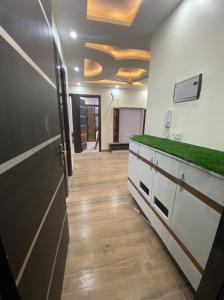 Gallery Cover Image of 540 Sq.ft 2 BHK Independent Floor for buy in Uttam Nagar for 3100000
