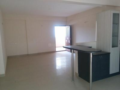 Gallery Cover Image of 1250 Sq.ft 2 BHK Apartment for rent in Srivathsa Mayfair Anthem, Bhoganhalli for 20000