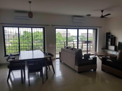 Gallery Cover Image of 1805 Sq.ft 3 BHK Apartment for rent in Wakad for 50000