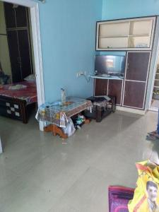 Gallery Cover Image of 650 Sq.ft 1 BHK Apartment for rent in Madhapur for 22000