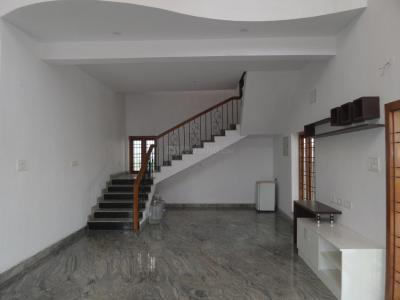 Gallery Cover Image of 5000 Sq.ft 5+ BHK Independent House for rent in Injambakkam for 80000
