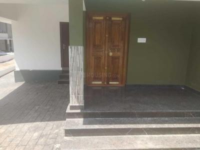 Gallery Cover Image of 2100 Sq.ft 4 BHK Villa for buy in Pallikkulam for 7500000