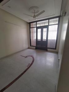 Gallery Cover Image of 1600 Sq.ft 2 BHK Independent Floor for rent in Chittaranjan Park for 40000