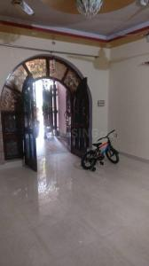 Gallery Cover Image of 800 Sq.ft 1 BHK Independent Floor for rent in RWA Yamuna Vihar Block C3, Shahdara for 11000