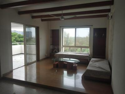 Gallery Cover Image of 1200 Sq.ft 2 BHK Apartment for rent in Clover Watergardens, Kalyani Nagar for 42000