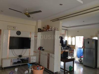 Gallery Cover Image of 1600 Sq.ft 3 BHK Apartment for rent in Sujaya Residency, Madhapur for 48000