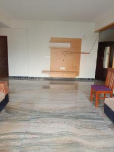 Gallery Cover Image of 1500 Sq.ft 3 BHK Apartment for rent in J P Nagar 8th Phase for 27000