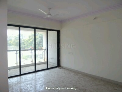 Gallery Cover Image of 1207 Sq.ft 3 BHK Apartment for buy in Thane West for 11000000