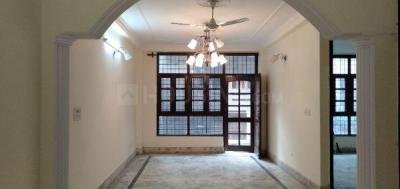 Gallery Cover Image of 1800 Sq.ft 3 BHK Independent Floor for buy in Safdarjung Enclave for 13000000