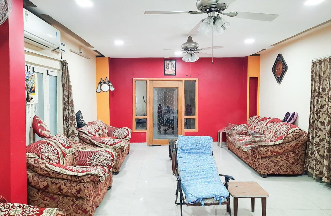 Living Room Image of 2061 Sq.ft 4 BHK Apartment for rent in Jubilee Hills for 45000
